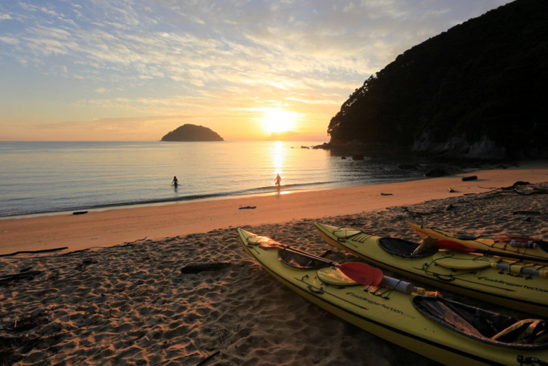 sea kayaking in abel tasman on a multisport journey